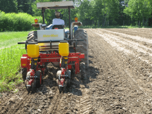 deep zone tillage machine