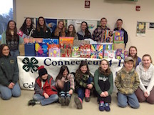 4-H members group shot